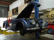 xk120-jaguar4